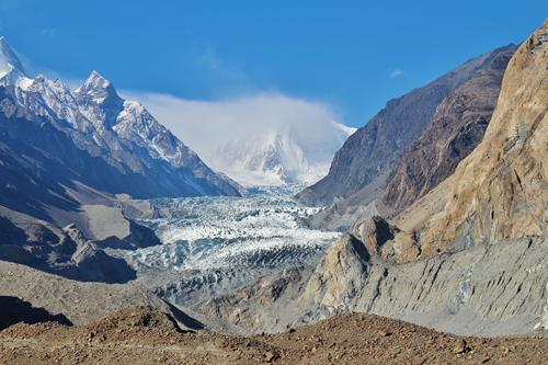 Tribu hunza pakistan glaciar